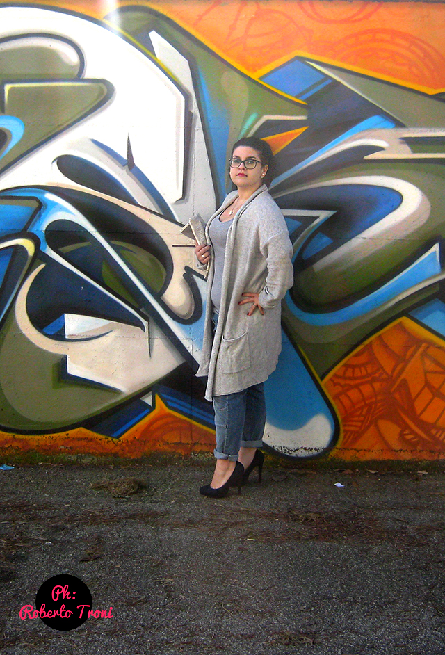 curvy-outfit-street-style-curvysalad-oversize-jeans-baggy-graffiti-side